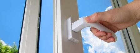 Не закрывается балконная дверь или пластиковое окно